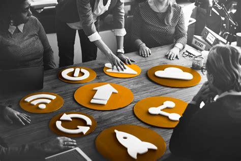 Quais são os tipos de comunicação interna nas empresas? - BWG