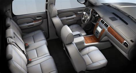 chevy avalanche interior 2018 chevy avalanche review 2018 2019 new best trucks