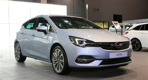 Facelifted 2020 Opel Astra Hatch Goes Back To Where It All ...