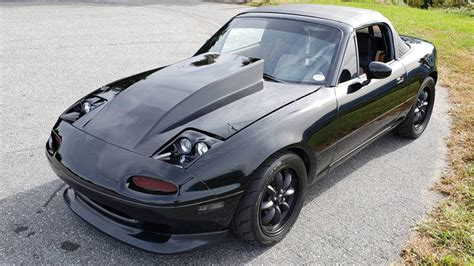Mazda Miata Gets Extreme Makeover With 6.7-Liter V8 | CarBuzz