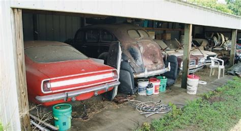 amazing barn finds amazing barnfinds and roadside relics speedreaders info