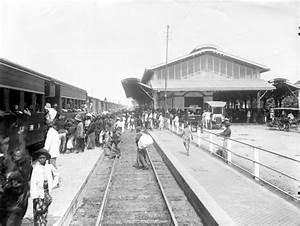 Station Purwosari