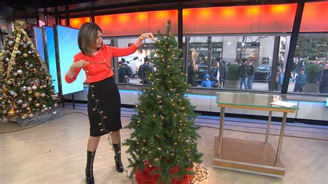 putting christmas lights on tree should you be hanging your tree lights vertically today