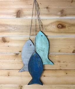 Rustic wooden fish painted string of