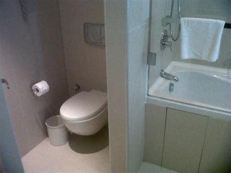 cuisine équipé aménagement toilettes dans salle de bain nos conseils