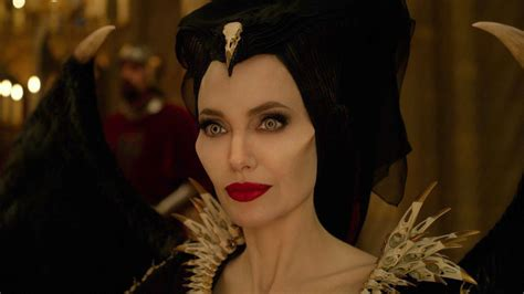 maleficent signora del male  hotcorn