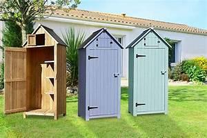 Wooden beach hut storage shed shopping livingsocial for Best deals on garden sheds