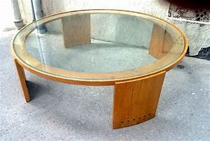 Fashionable round glass top coffee table house photos for Large round glass top coffee table