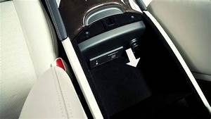 2014 Infiniti Q50 - Power Outlets
