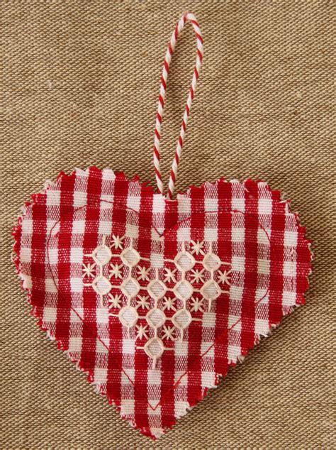 elliefunk chicken scratch embroidery valentine