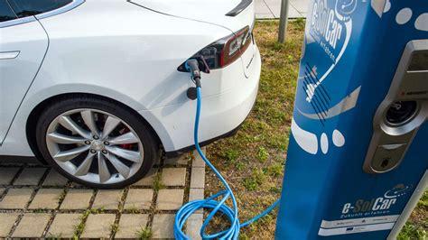 elektroauto für 10 jährige ab 2030 keine autos mit abgasen mehr in deutschland auto