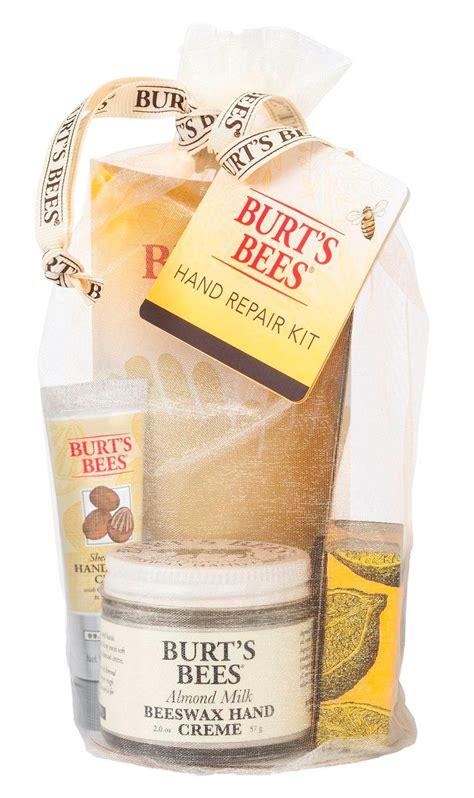 Amazon.com : Burt's Bees Essential Everyday Beauty Gift