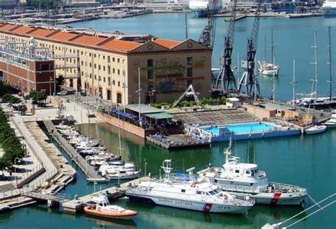 Piscina Porto Antico Genova by Casa Vacanza Porto Antico Genova Appartamento Vacanza