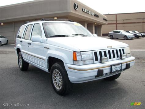 jeep cherokee white 1995 stone white jeep grand cherokee limited 4x4 29097767