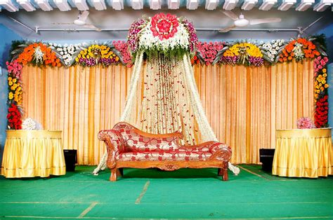 Decorating Themes : Best Wedding Stage Decoration Idea For Indian Weddings