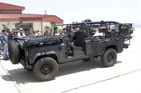 land rover military defender us army land rover 110 defender multi role combat vehicle