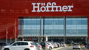 Höffner Hamburg Adresse : m bel h ffner in hamburg azubi erbeutet euro welt ~ Frokenaadalensverden.com Haus und Dekorationen
