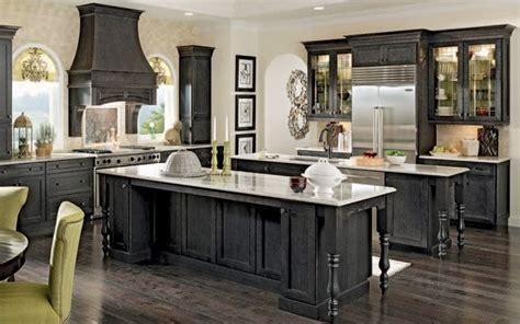 black kitchen cabinets ideas pin by priyanka dutt on amazing kitchens pinterest