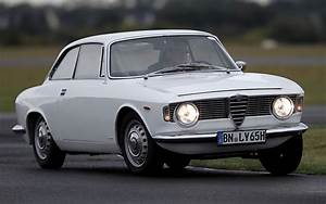 Alfa Romeo Sprint : alfa romeo giulia sprint gt 1963 wallpapers and hd images car pixel ~ Medecine-chirurgie-esthetiques.com Avis de Voitures