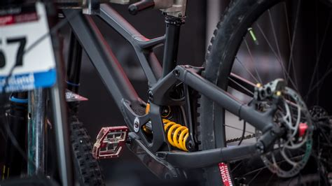 downhill world cup  fort william specialized er