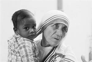 Mother Teresa to be made a saint of the Roman Catholic ...
