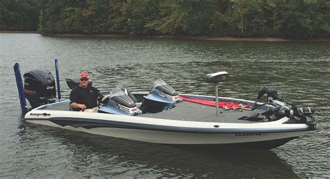 Hanks Boats by Why Hank Little Loves Fast Boats Fast Cars And Fast Quilters
