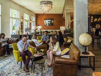 restaurant porte de pantin restaurant caf 233 en bar in hotel mercure parijs porte de pantin in pantin