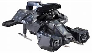 THE DARK KNIGHT RISES Toys Show Off the New Batwing (The ...