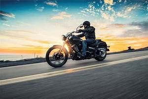 2017 Kawasaki Vulcan 900 Custom Review