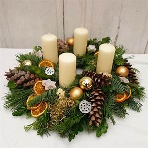 Deko Für Adventskranz : adventskranz frisch weihnachten weihnachts deko adventskranz gold weihnachtsdeko ebay ~ Buech-reservation.com Haus und Dekorationen
