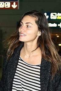 Phoebe Tonkin Arrives at Charles de Gaulle Airport in Paris
