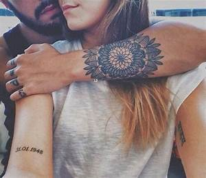 Tatouage Amour éternel : les 25 meilleures id es de la cat gorie tatouage mandala ~ Melissatoandfro.com Idées de Décoration
