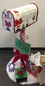 nine ideas how to welcome the christmas spirit interior With letters to santa mailbox decoration