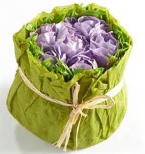 idee deco papier crepon decoration fleur en papier crepon id 233 es de d 233 coration et de mobilier pour la conception de la