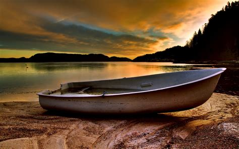 Boat Background Hd by Boat Hd Wallpaper And Background 2560x1600 Id 316648