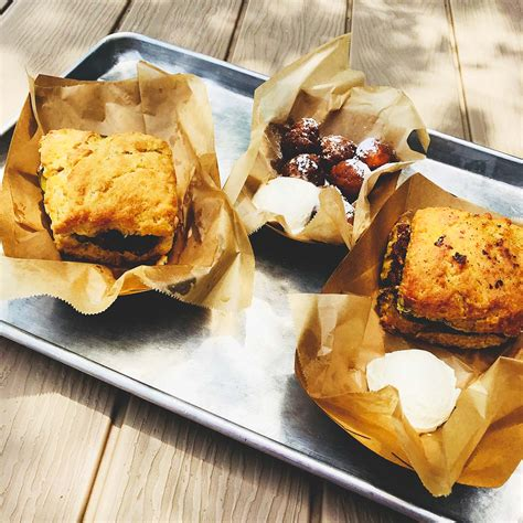 First Look: Everything's Gravy At The Biscuit Bar In Plano ...