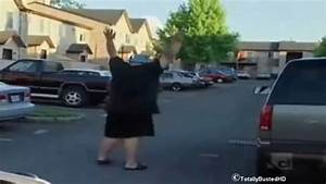 Police officer laughing at the fat guy - YouTube