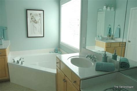 Spa Blue Bathroom by The Best Color For A Spa Like Feel Is A Blue With A Hint