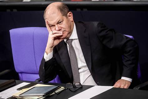 Nach monatelangem tauziehen hat sich die union auf einen kanzlerkandidaten geeinigt. Olaf Scholz: Gute Umfragewerte für SPD-Kanzlerkandidaten ...