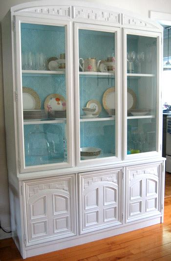 reader redesign china cabinet change  young house love