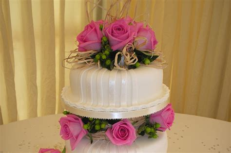 wedding cake somerset