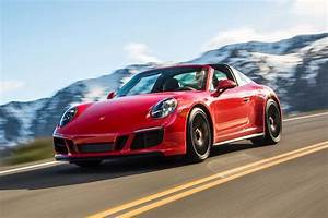 Porsche 911 Targa : 2018 porsche 911 gts review every street has a fast lane ~ Medecine-chirurgie-esthetiques.com Avis de Voitures
