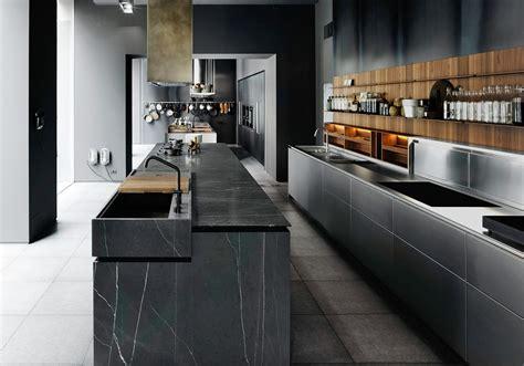 le site de cuisine cuisine noir bois inox
