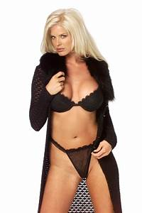victoria silvstedt One piece or Two? Pinterest