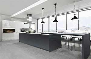 Küchen Modern Günstig : moderne k chen mit insel an der wand ~ Sanjose-hotels-ca.com Haus und Dekorationen