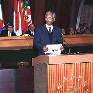 Le Parlement Europ U00e9en Rend Hommage  U00e0 Nelson Mandela