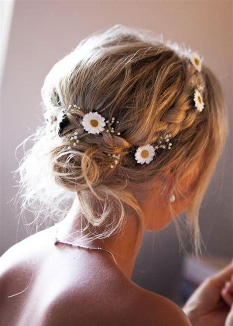 coiffure bohème mariage coiffure mariage cheveux mi longs ou une impressionnante