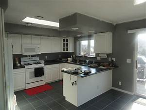 grey and white kitchens - TjiHome