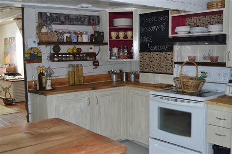 peinturer un comptoir de cuisine une cuisine chêtre avant après déconome