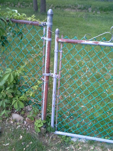 How Can I Fill In The Gap Between My Chain Link Fence And